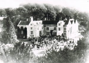 The Hampshire Hunt meet at Chawton House in 1915